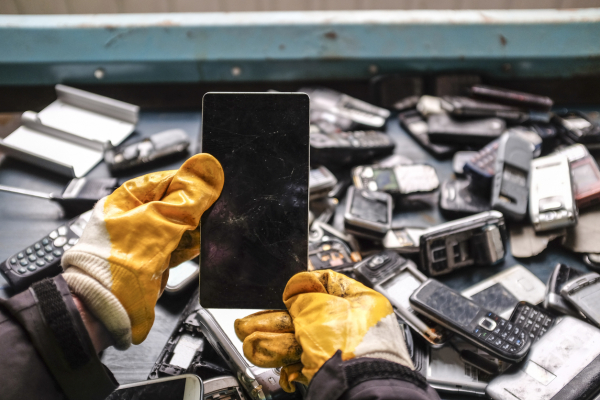 Student Blog: Promoting Smartphone Durability