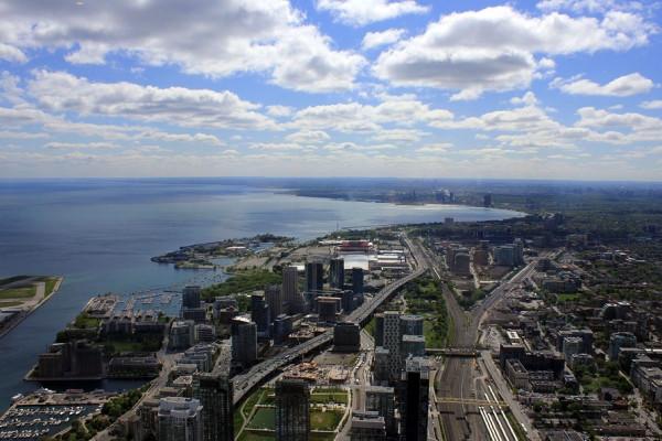 Challenge the Myth that Suburban Sprawl is Cheaper, Says Ottawa Think Tank